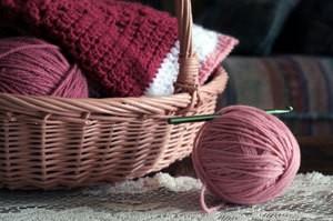 Comprehensive article on crochet.