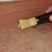 caulk removing tool