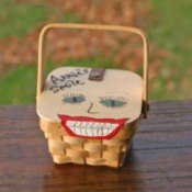 Small basket painted for retainer holder.