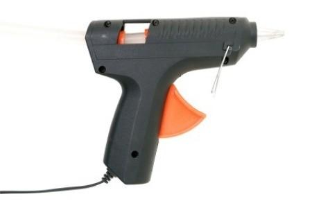 Cleaning a Glue Gun