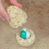 Rice Krispy Egg