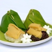 Using Banana Leaves