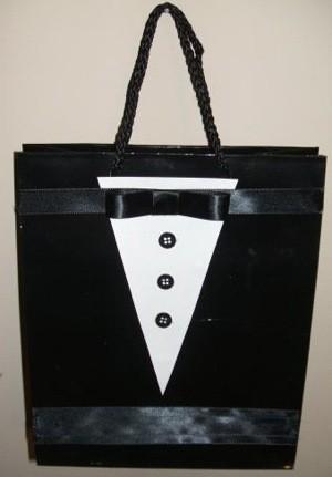 Finished gift bag.