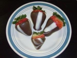Chocolate Striped Strawberries
