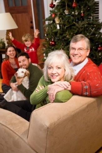 Christmas Family.Christmas Family Gathering Ideas Thriftyfun