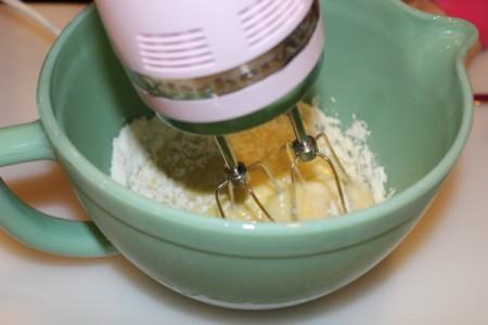 beat in flour mixture