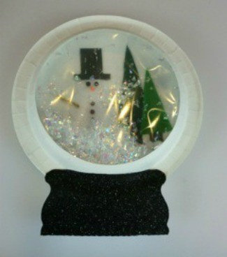 Paper Plate Snow Globe