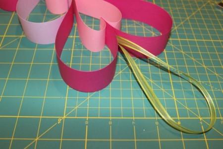 attach ribbon hanger