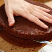 Cutting Cake Layers