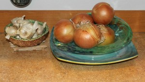 onions and garlic in bowls