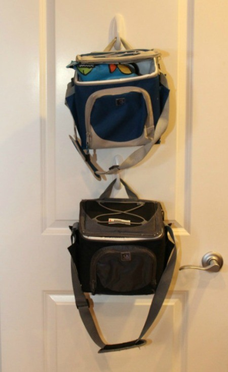lunch bags on hooks