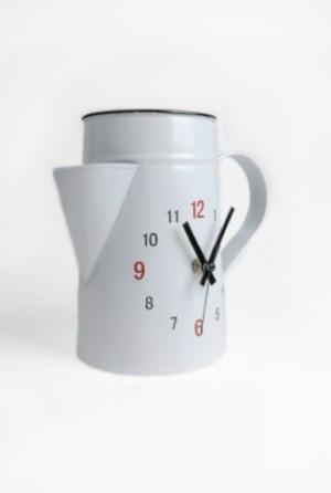 kitchen pitcher clock