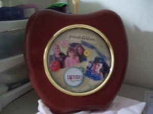 Converting an Old Clock Into a Picture Frame