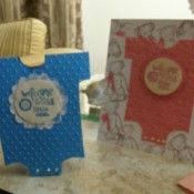 Blue and pink standup cards.