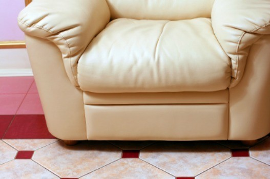 Removing Blood Stains From Leather Furniture