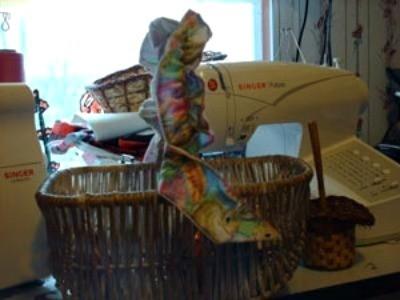 garter on basket