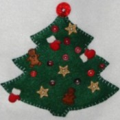 Christmas tree felt wall hanging