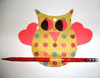 Polka dot owl Valentine card.