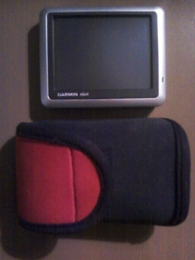 Store GPS in Camera Bag