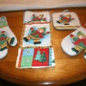 Christmas Mitts and Potholders