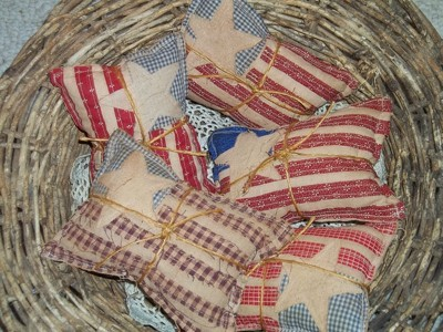 Primitive Applique Flag Pillows - Flags in basket.