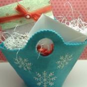 felt gift basket with cocoa