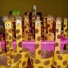 Finished giraffe treat cups.