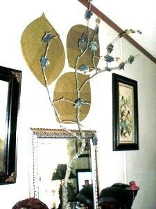Wallpaper flowers on branch.
