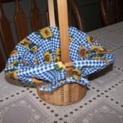 Gingham basket liner.