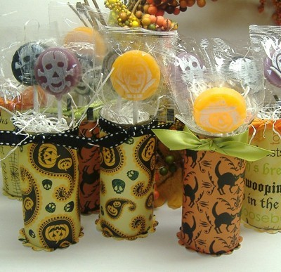 Halloween paper wrapped tubes with candy
