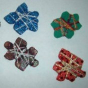Different colored puzzle piece pins.