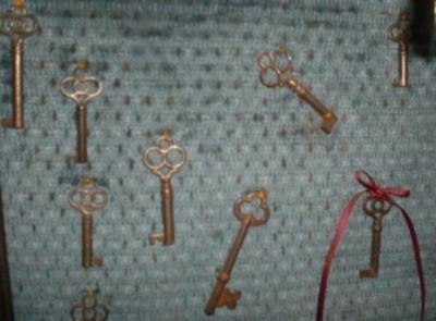 key wall hanging