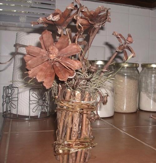 Making A Twig Flower Vase Thriftyfun