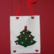 Christmas tree felt wall hanging