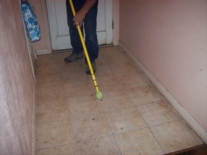 Removing Scuff Marks From Waxed Tile Floors ThriftyFun - Easiest way to mop tile floors