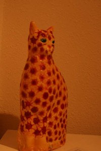 Cat ceramic decorated.