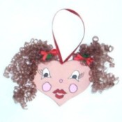 finished heart-faced Christmas ornament