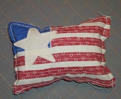 Primitive Applique Flag Pillows - Finished flag pillow.