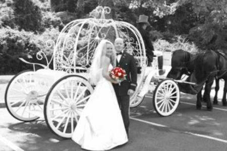 Non-Typical Wedding Poses
