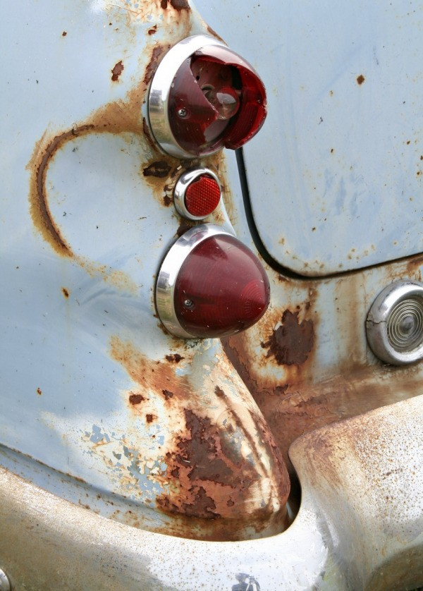 Removing Rust From Chrome ThriftyFun - How to remove rust from chrome bathroom fixtures