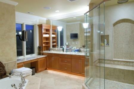 Nice bathroom with a glass shower door.