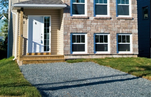 Inexpensive alternatives to paving a driveway thriftyfun paving a driveway can cost more than you can afford this guide is about inexpensive alternatives to paving a driveway solutioingenieria Choice Image