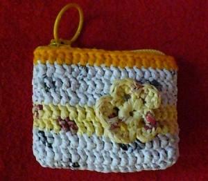 plarn coin purse
