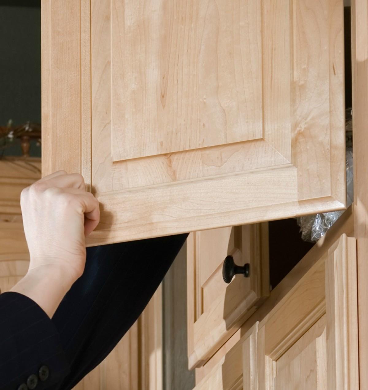 Keeping Cabinet Doors From Slamming Shut Thriftyfun