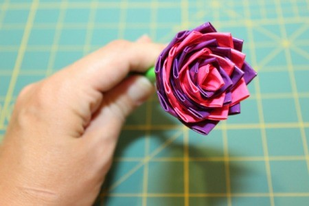 duct tape rose pen