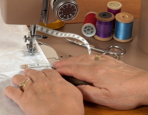 Bobbin Case Keeps Falling Out Of A Sewing Machine ThriftyFun Magnificent Brother Sewing Machine Needle Holder Fell Off