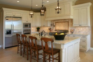 kitchen with light colored cabinets. beautiful ideas. Home Design Ideas