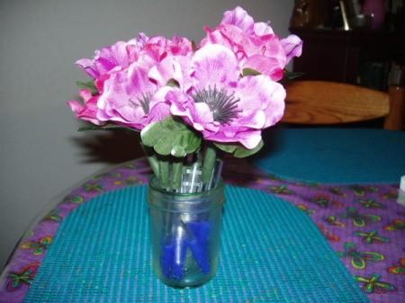 Finsihed flower pens in a vase.
