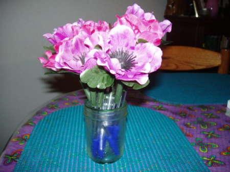 Finished flower pens in a vase.