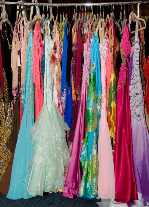 Planning A Prom Dress Re Sale Event Thriftyfun
